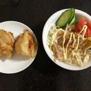 紅芋のパンとコンビニアイス。鶏むね肉でとり天