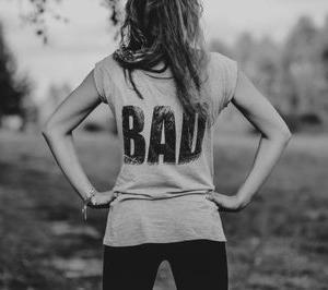 自己否定女子の『私さえ我慢すれば』は、ロクな未来を呼び込まない