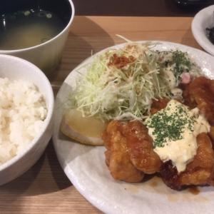 チキン南蛮定食を食べ比べる