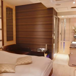 【横浜ラブホ感想】 ホテル ヴィクトリアコート関内 305号室 (エコノミーB)
