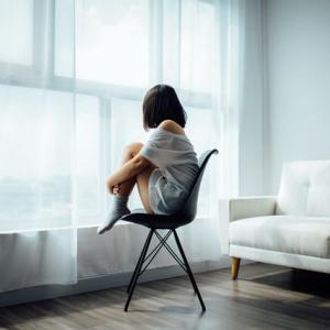 自由時間が多すると幸福度が低下する「自由が少なすぎる幸福度と同等」