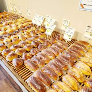 本八幡駅から徒歩2分!手軽に本格的なパンを味わえる『cafe&bakery morrow』