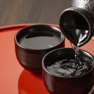 【ペアリングのための論文解説】日本酒の熟成感を生み出しているのは?【ソトロンについて 】