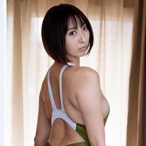 【緒方咲】驚異の股下85cm!「グラドル摩天楼」の異名を持つスーパー美脚グラビアアイドル