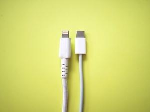 スマホ 充電ケーブル 統一