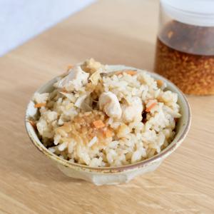 【レシピ】炊飯器で簡単!鶏とごぼうの醤油麹炊き込みご飯