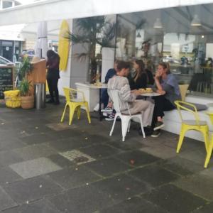コールドプレスジュースも美味しいカフェ@SUNNY SIDE UP