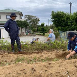 御宿菜園サークル Day2 | フカフカの畝(うね)を作りました!
