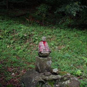 十二所神社(大豊町小川)にある、お地蔵さん