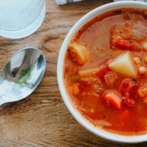 【自炊のすすめ】自炊は具だくさんスープさえ作ればよい