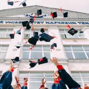 【進学資金準備】インデックス投資を学資保険の代わりにするのは危険