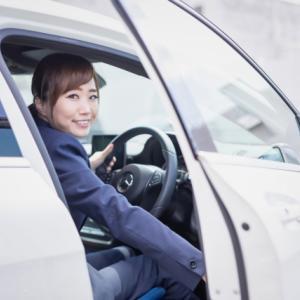 タクシードライバーはアルバイトでもできる?正社員との比較も解説
