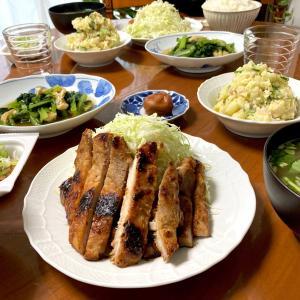 今週のご飯〜自家製豚の味噌漬け、オムライス、さつまいもの天ぷら、利休の牛タン、鯖の塩焼きと豚汁、イワシの丸干しと鶏団子スープ〜10月