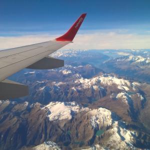 【子連れ海外旅行】0歳児とヨーロッパ旅行!飛行機で快適に過ごすコツ