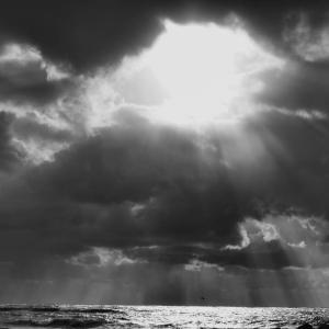 天空の裂け目