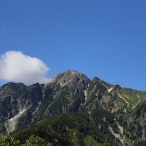 五竜岳から唐松岳プチ危険?な稜線への旅 一日目