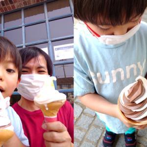 ソフトクリーム→ボウリング♪