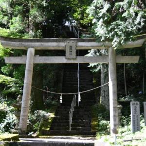 日照神社へ