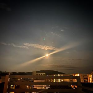 【水瓶座満月】不可能を可能に導くほどの電撃的なエネルギー