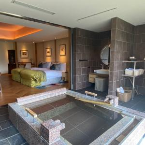 THE HIRAMATSU HOTELS&RESORTS仙石原のスイートルームに大人女子旅♡