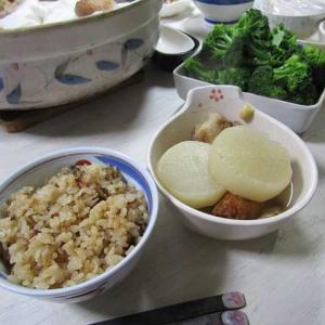●豚角煮汁で炊き込みご飯
