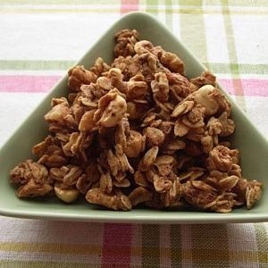 栗×ナッツのメープルグラノーラ