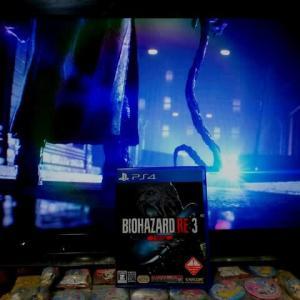 PS4ゲーム『バイオハザードRE:3 Zヴァージョン』クリアしました。(ゾンビとの闘いというより、追跡者との戦い)