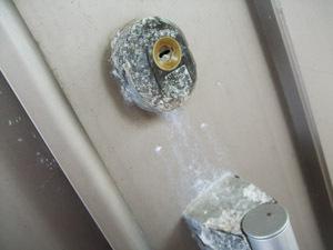 戸建て玄関の鍵交換 (読谷村 お家の鍵 防犯)
