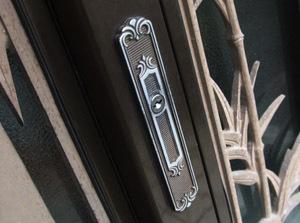 【沖縄市】 戸建ての引戸の鍵交換