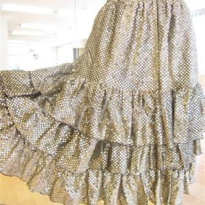 【委託・試着可】送料無料【O-263・ゴールドラメでキラキラかわいいスカート】