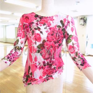 【委託・試着可】送料無料・リサイクル【O-268・華やかなピンク花柄ラメ・トップス】