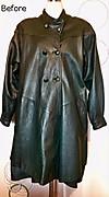 グリーンの革コート