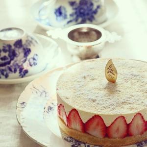 フレジェ風レアチーズケーキ