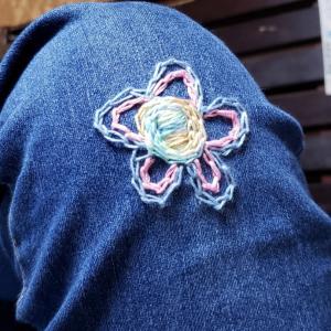 お膝にお花が咲きました