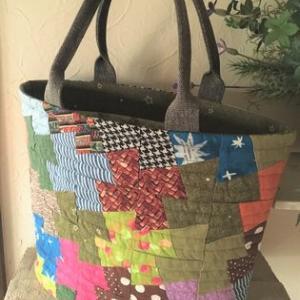 テッセレーションバッグと春色バネ口ポーチのキットをショップに出品しました。