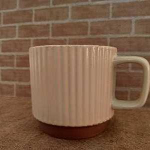 セリア》ステキなマグカップ