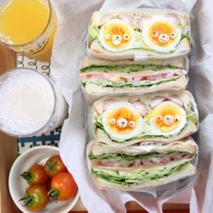 今日のおうちランチ・・くまさんエッグのサンドイッチ・・