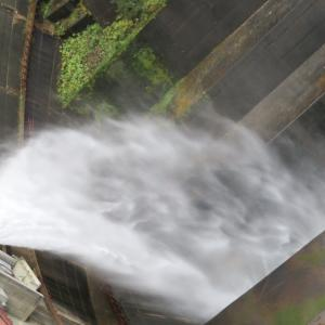 豊平峡ダム③〜放水が見れたよ〜あ、ここは札幌市内ですよ