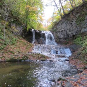 平和の滝〜心霊スポットらしかったけど、ここより布敷の滝のほうがギョッとした〜