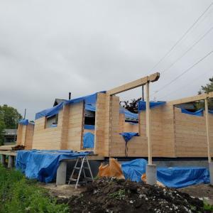 軽井沢M邸様ログ建て方工事始まりました!