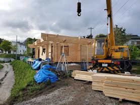 軽井沢M邸様建て方工事! ログ組み完了しました!