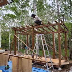 長野県南牧村M邸様にて物置小屋兼薪棚の工事始めました!