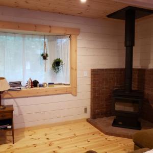 鎌倉市N邸様ログハウス ホンマ薪ストーブ設置してきました!