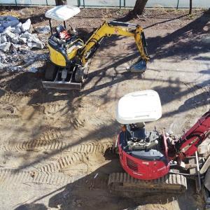 団地公園を駐車場へ整備工事開始か