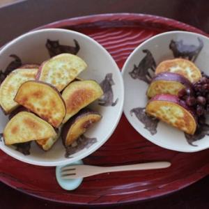 今日は秋のおやつ☆レンチン後に「かりっと」。だからカンタンさつま芋の塩バター焼き。