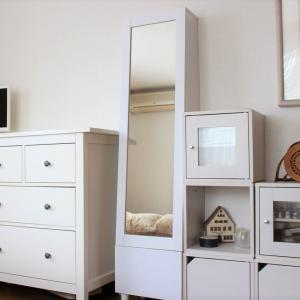楽天セールで寝室の鏡台を「収納付きドレッサー」に模様替え。一人暮らしのインテリアにもお勧めです
