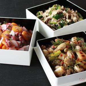 いつかの野菜と魚介たっぷり、カラフルマリネ詰め合わせの持ち寄りごはん三段重〜♪