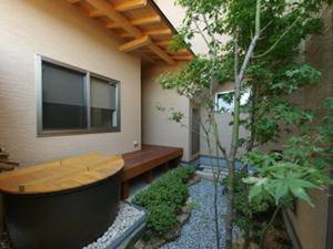 露天風呂のある家