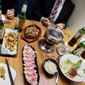 2019年10月18日,上海で 日本食