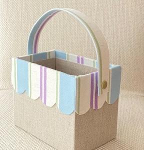 花粉症時期の必需品~持ち運び用ダストボックス~